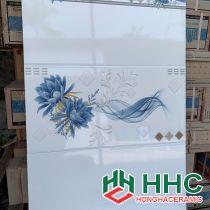 Gạch 30x60 ốp tường hoa xanh